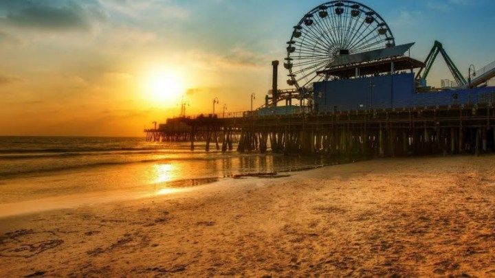 sunset-on-santa-monica-pier-187548